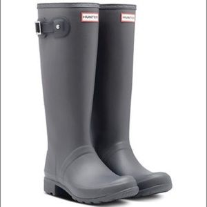 matte gray tall hunter rubber rain boots .